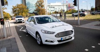 UK Autodrive project members demonstrate V2I traffic signal communication technology