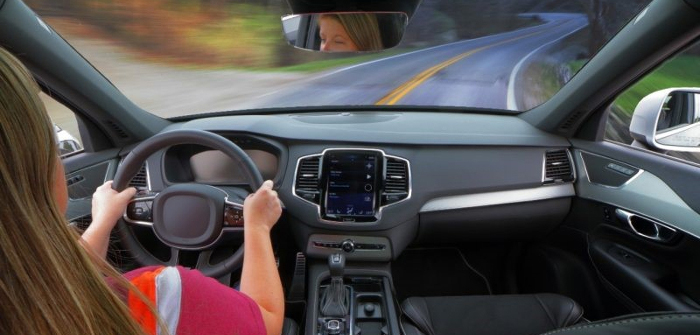 VTTI research shows use of hands-free devices in the car are safe