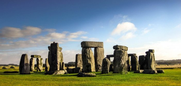 Highways England starts search for archaeological specialists for Stonehenge tunnel