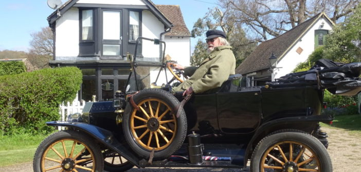 Leading consultant creates UK's oldest connected car